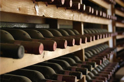 Fun Facts: What Is The Difference Between Young Wine And Aged Wine ?